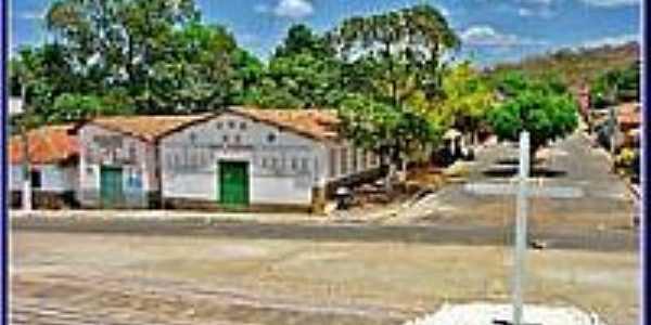 Cruzeiro e Salão Paroquial-Foto:Agamenon Pedrosa