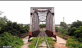 Caxias - Caxias-MA-Ponte Ferroviária sobre o Rio Itapecurú-Foto:Jose Wilson