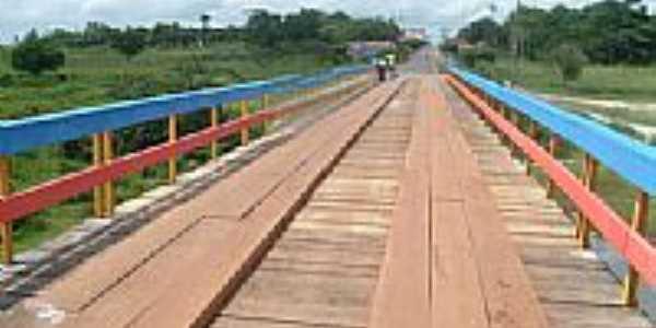 Ponte de acesso à cidade de Centro do Guilherme-Foto:moleculabrasil
