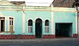 Chapadinha - Chapadinha-MA-Antiga casa no centro da cidade-Foto:josé Ayres