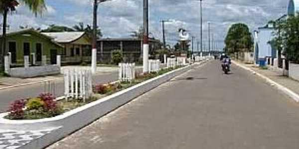 Manicoré-AM-Avenida Principal-Foto:brasilviagemfantastica.