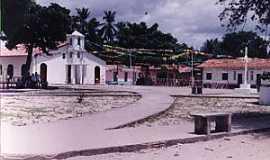 Estandarte - Estandarte-MA-Pracinha e Igreja no centro da ilha-Foto:Iolanda Miranda