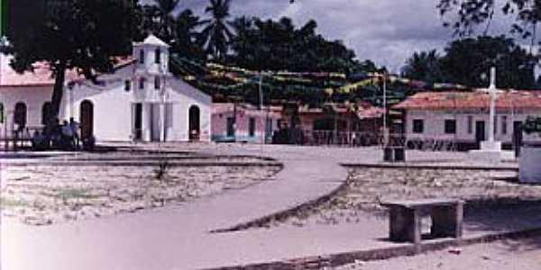 Estandarte-MA-Pracinha e Igreja no centro da ilha-Foto:Iolanda Miranda