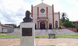 Estreito - Estreito-MA-Igreja de São Sebastião e Monumento em homenagem à Frei Gil-Foto:Nando Cunha