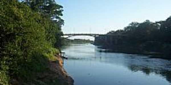 Itapecuru Mirim-MA-Rio Itapecuru e a ponte-Foto:hugoleo