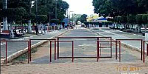 Itinga do Maranhão-MA-Praça Ana da Penha no centro-Foto:Jose Wilson