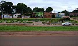 Lajeado Novo - Praça-Foto:Hiel Mota