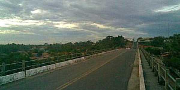 Monção-MA-Ponte sobre o Rio Pindaré-Mirim-Foto:markão