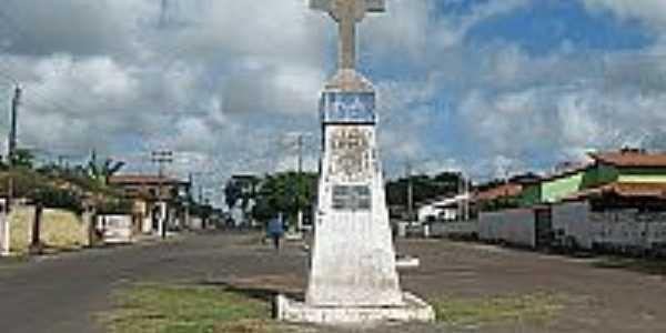 Cruzeiro na praça de Palmeirândia-MA-Foto:palmeirandiamunicipio.