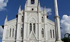 Pedreiras - Igreja Matriz de S�o Benedito foto por drheluz