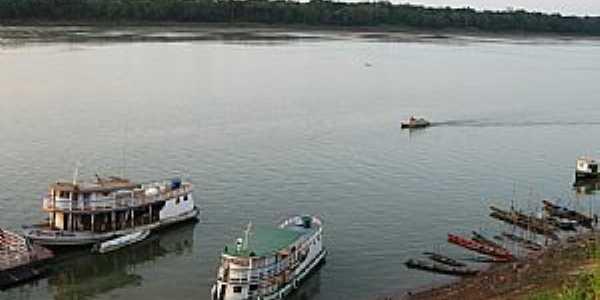 Novo Aripuanã-AM-Barcos no Rio Madeira-Foto:osicley