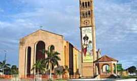 Parintins - Catedral de N.Sra.do Carmo em Parintins-AM-Foto:Vicente A. Queiroz
