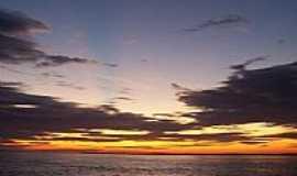 Parintins - Pôr do Sol no Rio Amazonas em Parintins-AM-Foto:Sergio Saito