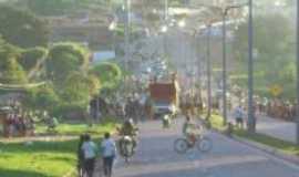 São João dos Patos - População na Avenida Presidente Médice, Por PAULO ADRIANO PEREIRA DA SILVA