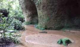 Presidente Figueiredo - Caverna do Maruaga, Por Jone uchôa carneiro