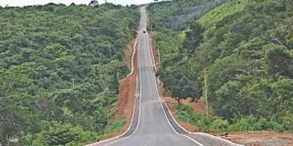 São Roberto-MA-Rodovia MA-012 passando pela cidade-Foto:Antonio Malaquias