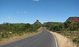 Tasso Fragoso - Tasso Fragoso-MA-Morro do Garrafão,visto da Rodovia MA-006-Foto:Dhiancarlos Pacheco