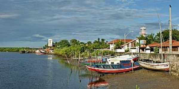 Tut�ia-MA-Barcos na Ribeira-Foto:Agamenon Pedrosa Ribeiro