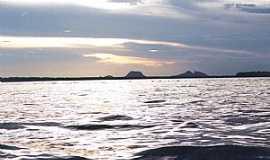 Santa Isabel do Rio Negro - Santa Isabel do Rio Negro-AM-Rio Negro e a Serra do Jacamim-Foto:leslie tavares