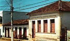 Abadia dos Dourados - Casarões Antigos por efgoyaz