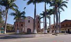 Acaiaca - Praça Padre Rabelo Alvim e Igreja Matriz de São Gonçalo-Foto:Geraldo Salomão