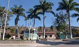 Acaiaca - Praça Padre Rabelo Alvim e o Coreto-Foto:Geraldo Salomão