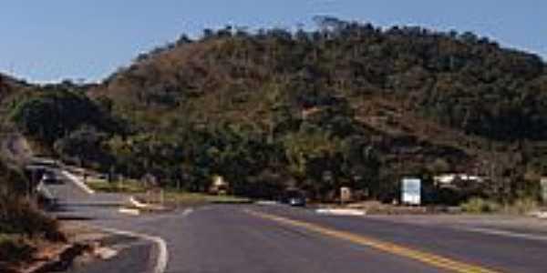 Trevo Para Ponte Nova, Diogo de Vasconcelos, Acaiaca e Barra Longa - Acaiaca-Foto:Geraldo Salom�o