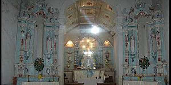 Acuruí-MG-Interior da Igreja-Foto:De Brito