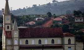 �guas Formosas - �guas Formosas-MG-Vista lateral da Matriz-Foto:Rog�rio Santos Pereira