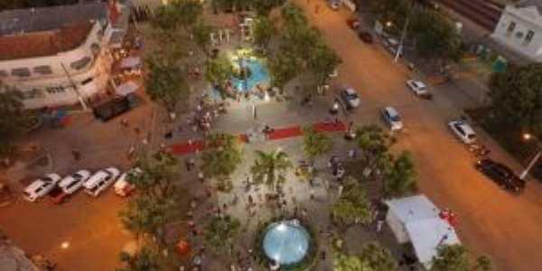 Praça centro, Por marcos magno
