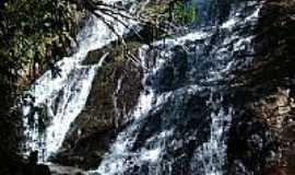 Aiuruoca - Cachoeira no Vale do Matutu em Aiuruoca-Foto:BARBOSA