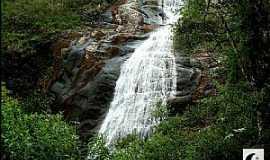 Alto Capara� - Alto Capara�-MG-Cachoeira Bonita-Foto:MohammadAlberth