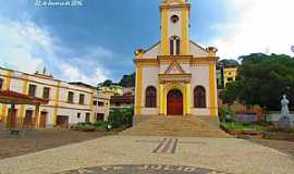 Alto Jequitibá - Igreja Matriz de Alto Jequitibá - MG