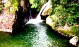 Alto Jequitibá - cachoeira das andorinhas, Por vitor emerick