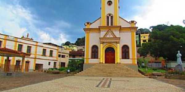 Igreja Matriz de Alto Jequitibá - MG