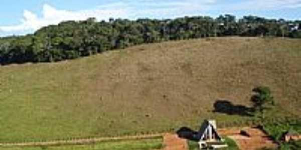 Alto Rio Doce-MG-Casa em área rural-Foto:Rodrigo Abreu