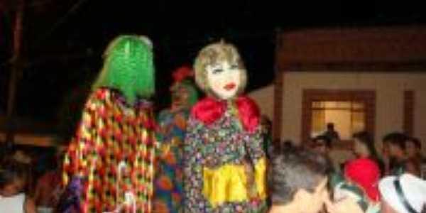 Carnaval Alto Rio Doce, Por Lúcio F. Couto Moreira