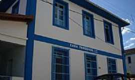 Amparo da Serra - Casa Paroquial-Foto:Vanil F