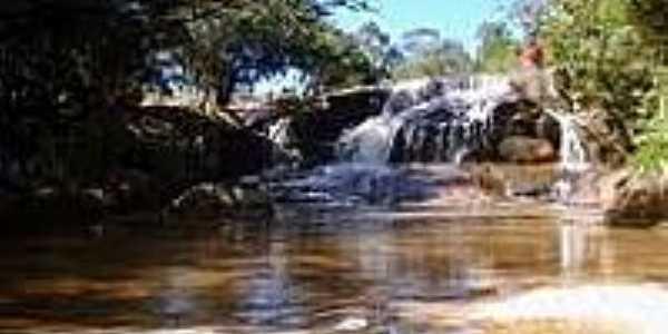 Cachoeira do Moinho-Foto:andirobaexiste.