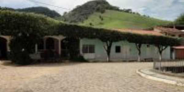 CASAROES ANTIGOS.PRAÇA CENTRAL, Por ROBSON P. ALMEIDA