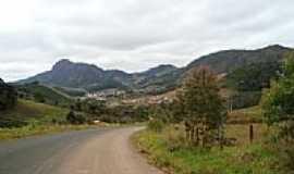 Araponga - Chegando em Araponga-MG-Foto:gui rios