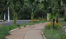 Araxá - Araxá-MG-Avenida Ecológica-Foto:jfrezende