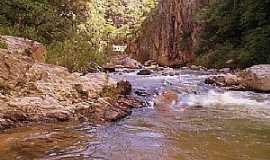 Argenita - Argenita-MG-Cachoeira de Argenita-Foto:br.geoview.info