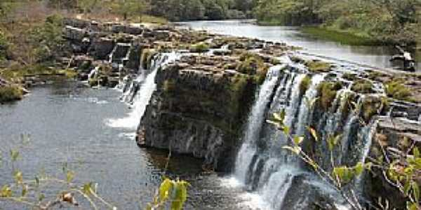 Argenita-MG-Cachoeira de Argenita-Foto:Rotas Turísticas