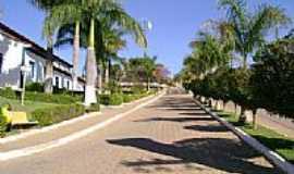 Aricanduva - Rua ao lado da Igreja-Foto:Gildazio Fernandes