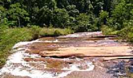 Aricanduva - Afluente do Rio Itamarandiba-Foto:Gildazio Fernandes [Panoramio]