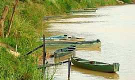 Arinos - Rio Urucuia - Foto leonevaladares