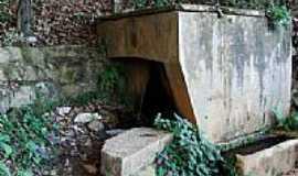 Astolfo Dutra - Mina d´água antiga-Foto:fabianopais