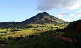 Astolfo Dutra - Montanha conhecida como vulcão-Foto:fabianopais