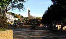 Astolfo Dutra - Praça-Foto:fabianopais